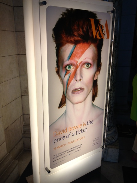 bowievandasign